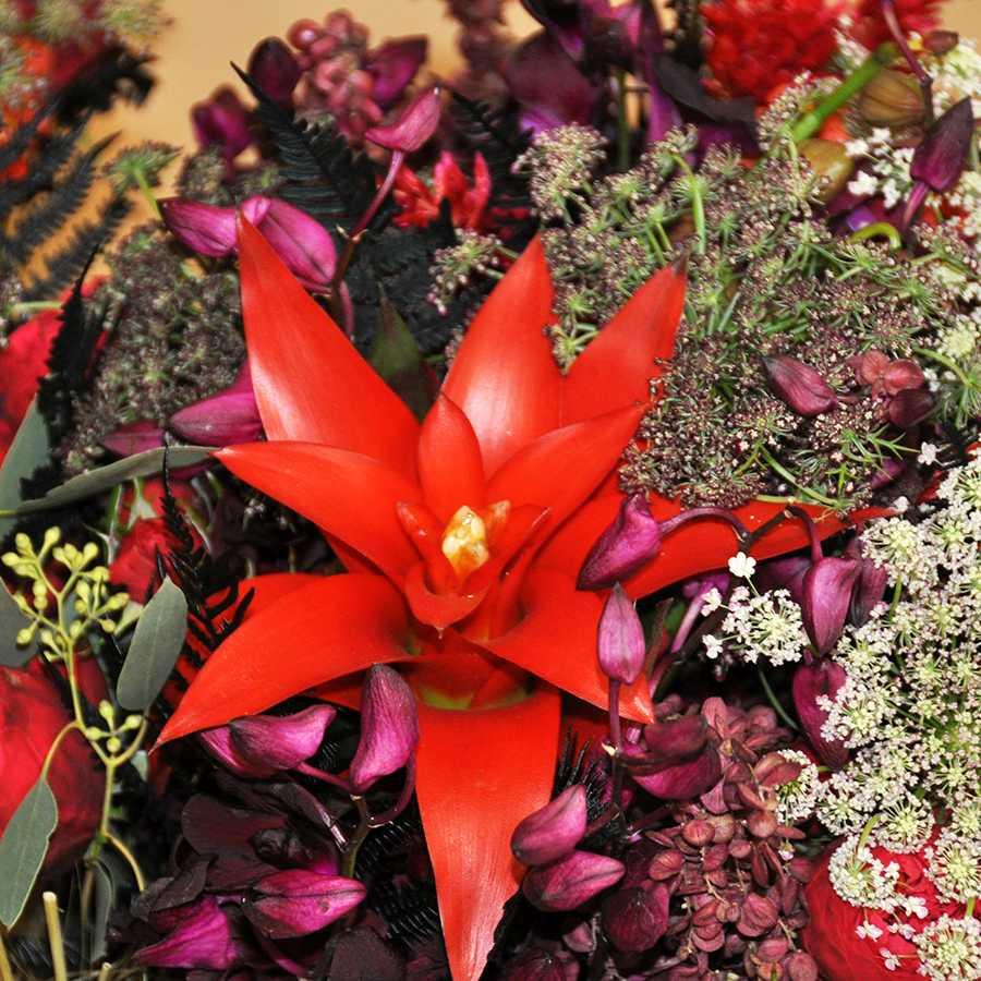 Rozsondai Attila mester virágkötő és Kálmán Fanni virágdekoratőr szakmai bemutatója