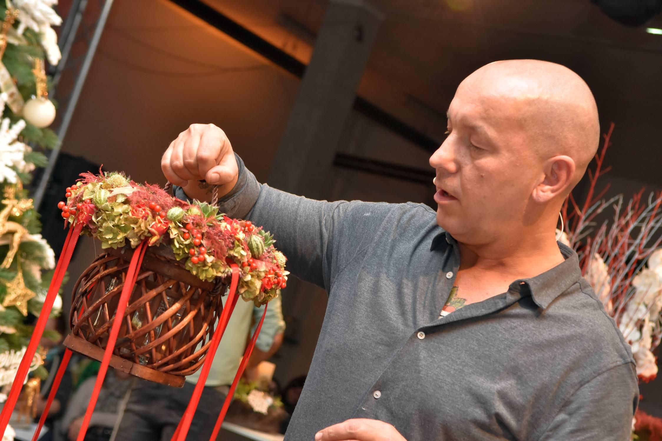 Lódri Csaba Virágkötészeti Alkotónap
